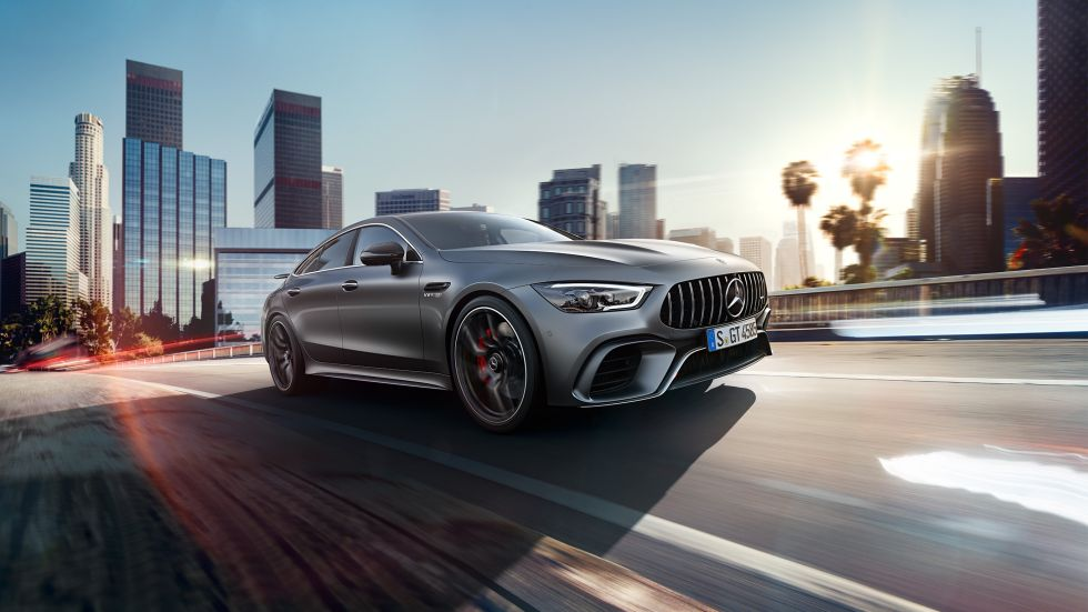 Amg Gt 4 Door Coupe Explore Sports Cars Mercedes Benz Middle East